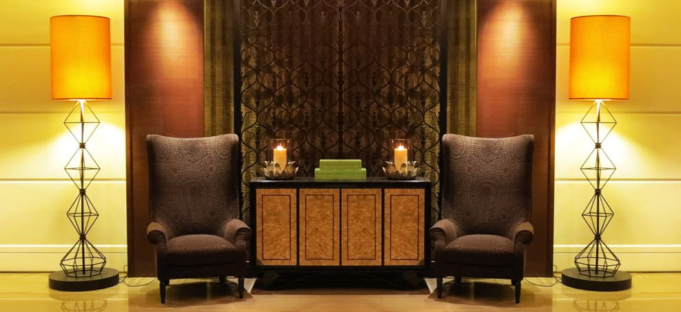 Ways to Create a Warm and Welcoming Lobby